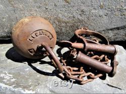 Alcatraz Prison Jail Rusty Heavy Cast Iron Ball and Chain Restraints Shackles Prisoner