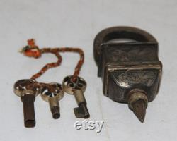 Lock Vintage Silver Hand Inlay Work Iron Square Tricky Lock Puzzle Padlock 3 Key