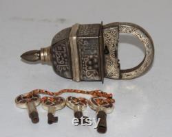 Lock Vintage Silver Hand Inlay Work Iron Square Tricky Lock Puzzle Padlock 4 Key