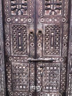 Riad rustic door,chic wooden barn door,vintage traditional door,Moroccan annnel,oriental furniture,arab cedar door, boho door