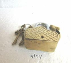 Seated Camel Shape Antique Vintage Style HANDMADE BRASS PADLOCK And Working Keys