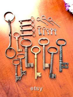 Vintage Skeleton Key set Bundle 16 total plus extras